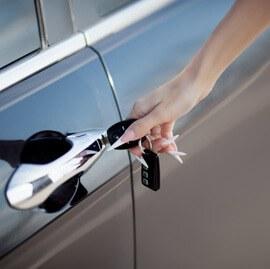 Entrega vehículos Guadaira Glass Cristaleria Automovil en Sevilla